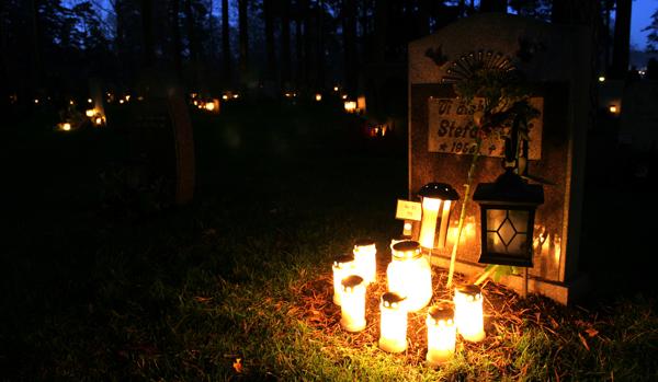 Alla Helgons Dag, Skogskyrkogården